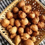 Sprouted brown peas fritters
