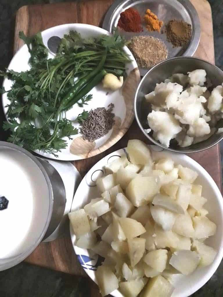 ingredients for dahi aloo recipe