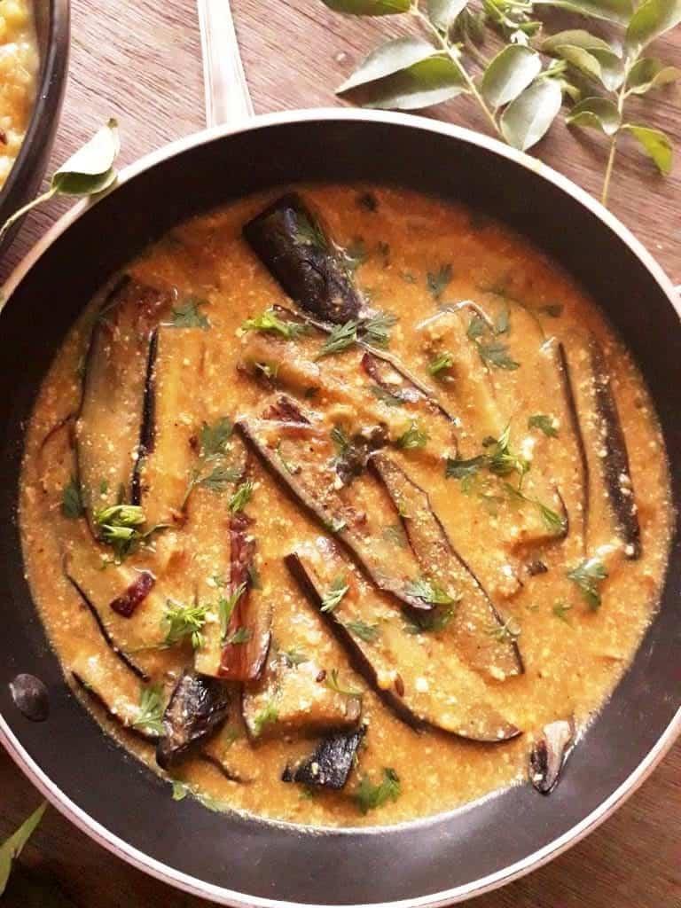 Dahi Baingan Curry