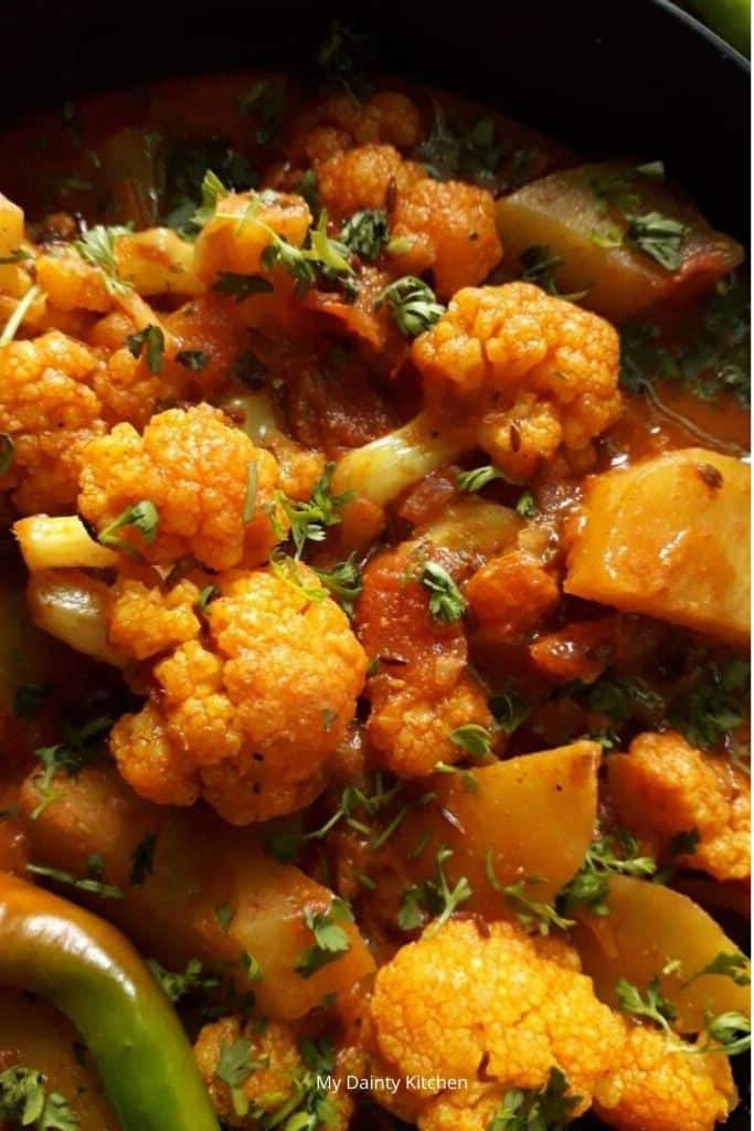 vegan cauliflower potato curry