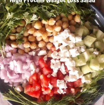 greek chickpea salad with cucumber and feta