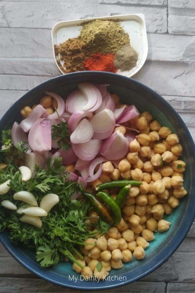 ingredients of falafel
