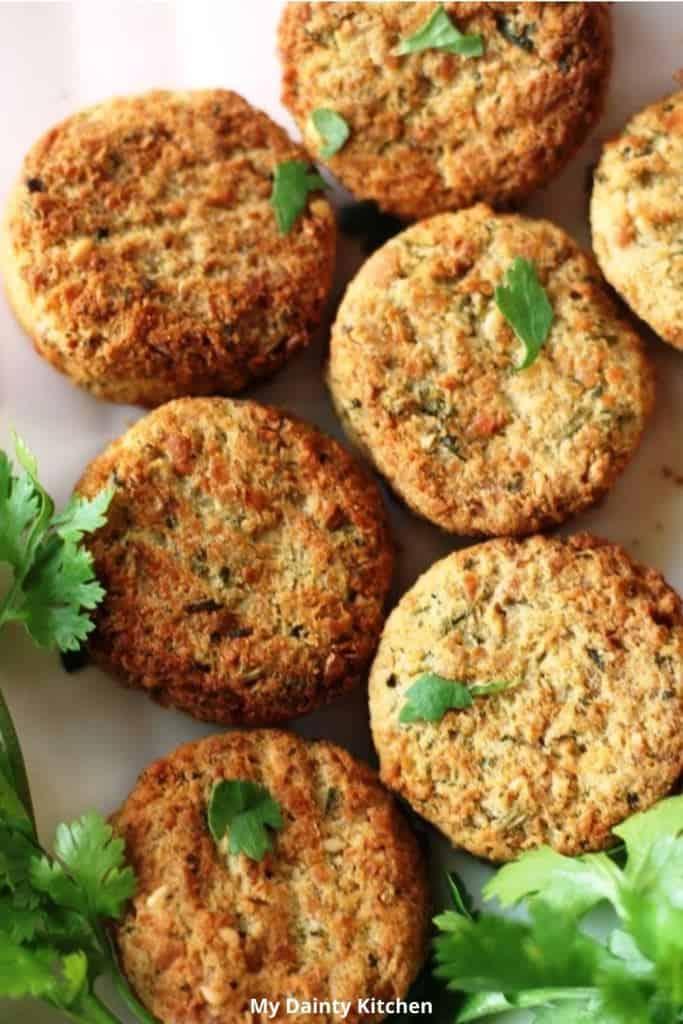 air fryer falafel close up pictures